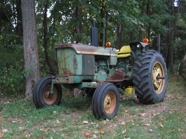 The possibly-working tractor of my youth
